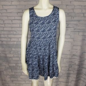 Tamnoon sleeveless dress size small              Y